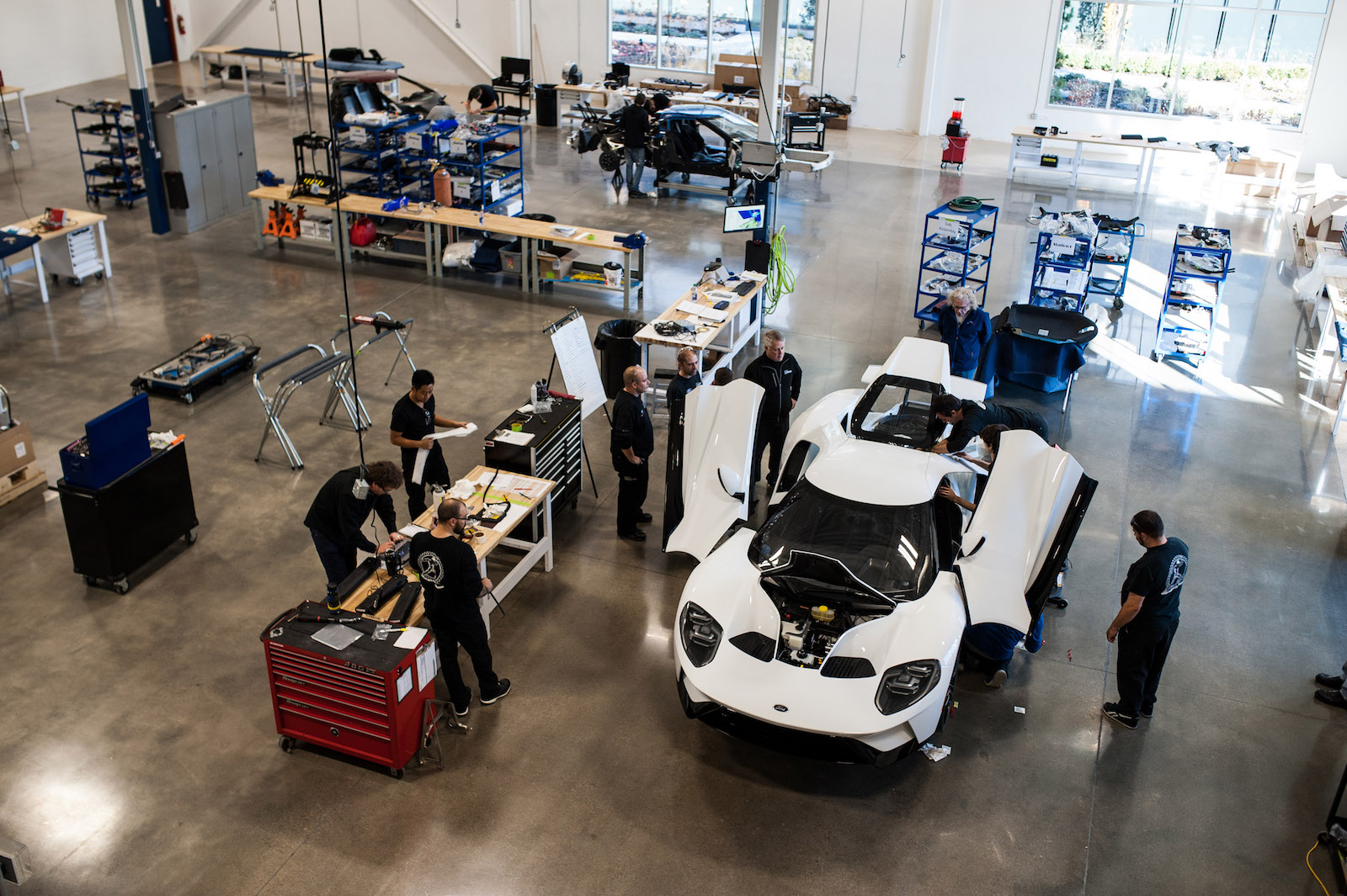 An Inside Look At The Ford Gt Factory As The First Model Rolls Off The Line