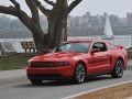 2011-ford-mustang-10