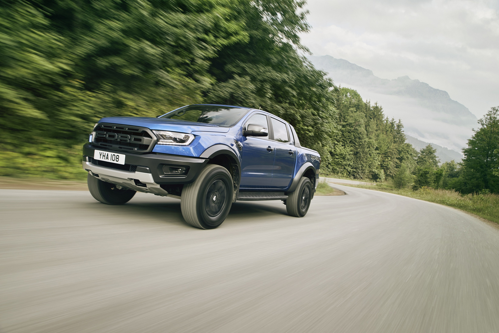 34d9251bff Ford Ranger Raptor to go on Sale in Europe Next Year » AutoGuide.com ...