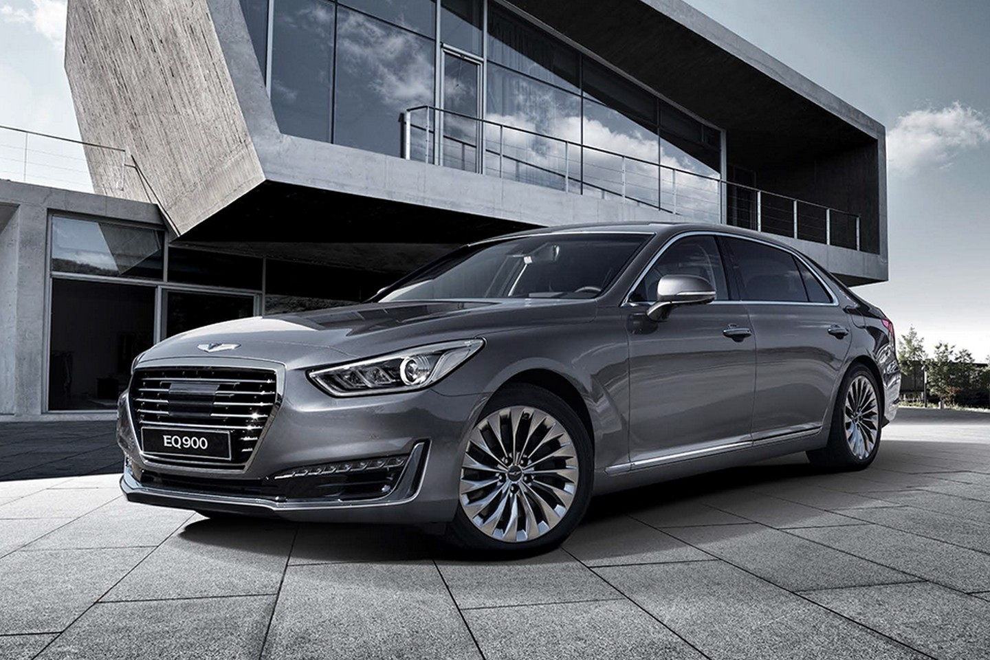 2017 Genesis G90 Puts Mercedes And Bmw On Notice Autoguide Com News
