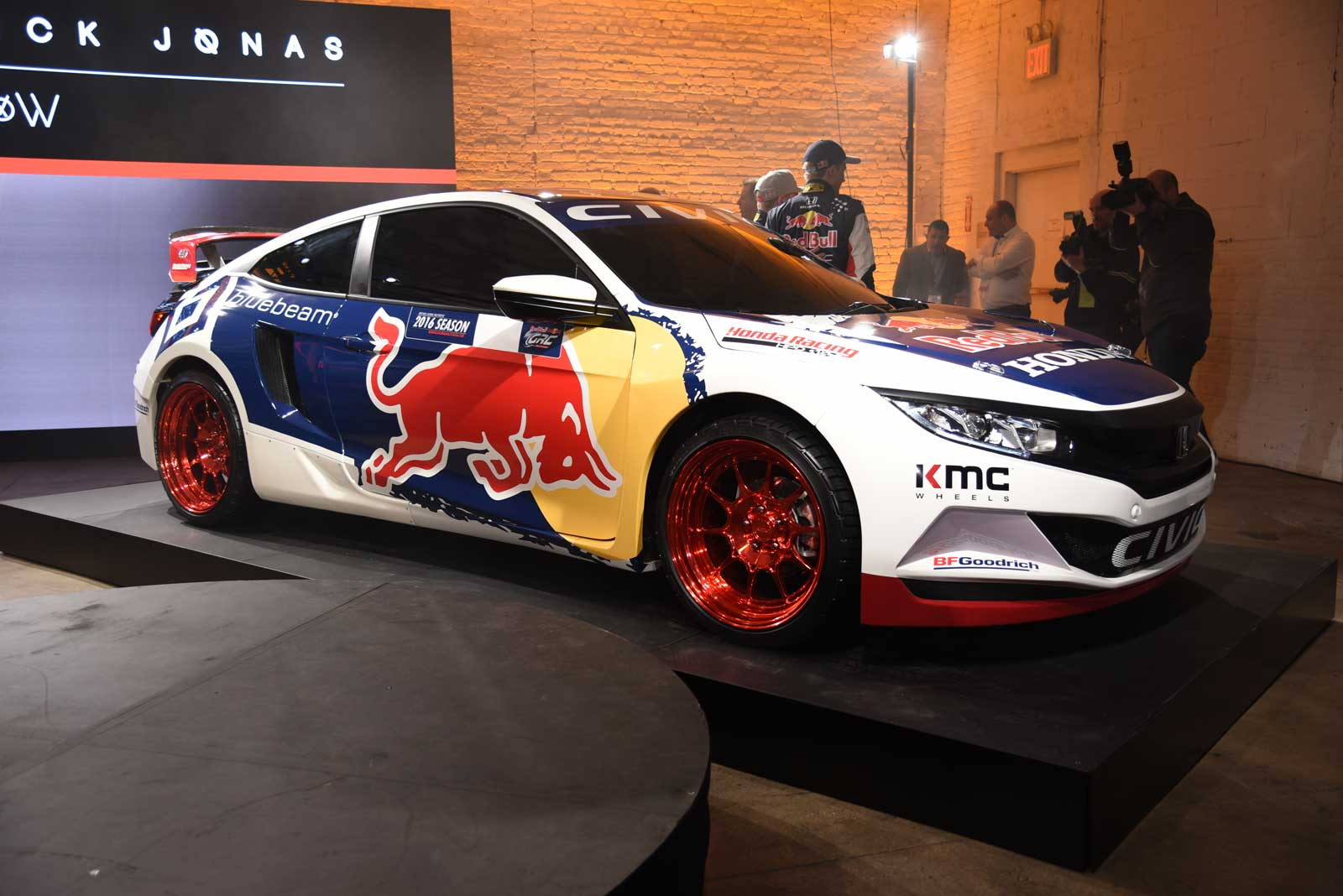 2016 honda civic coupe red bull global rallycross race car debuts in - 2016 Honda Civic Coupe Set To Compete In Global Rallycross With
