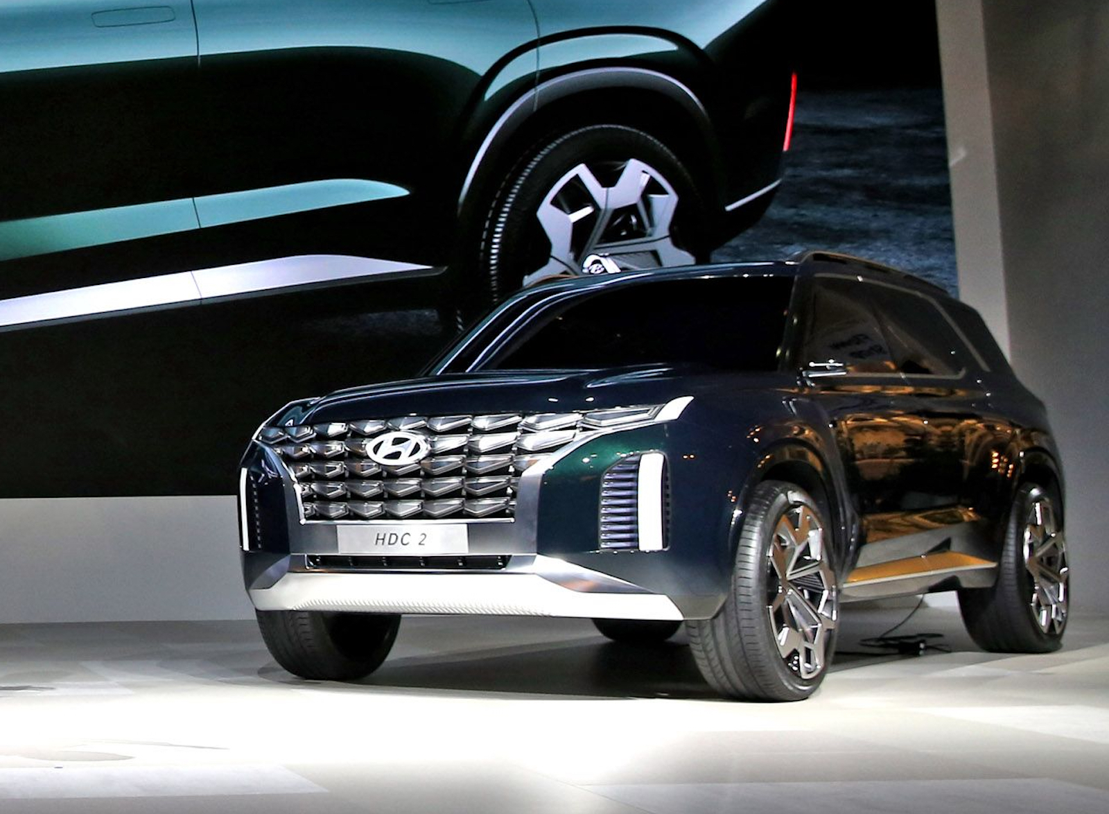 Hyundai Grandmaster Suv Concept Previews Its Future Designs