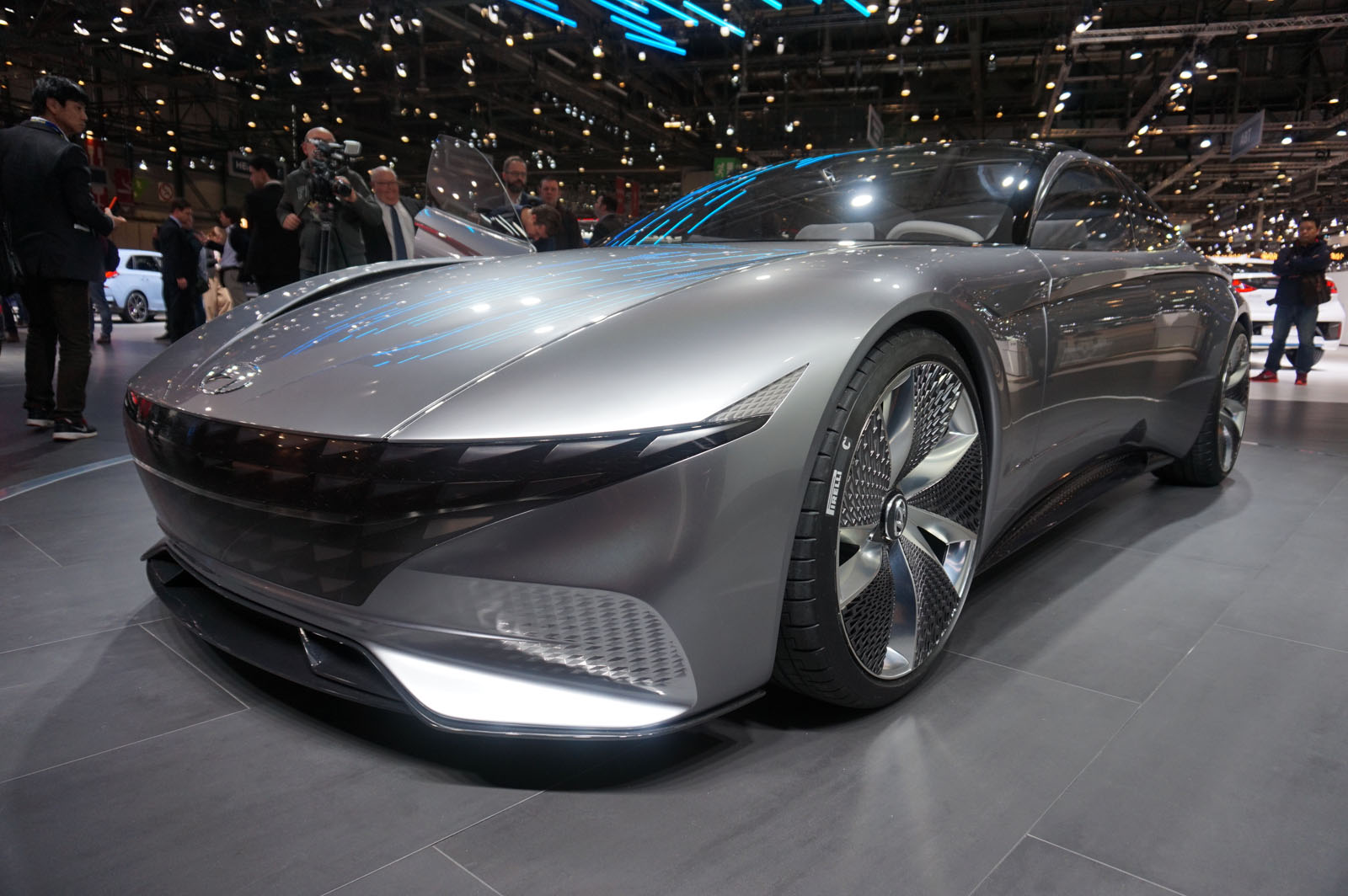 Future Of The Car: Hyundai Le Fil Rouge Concept Signals Brand's Future