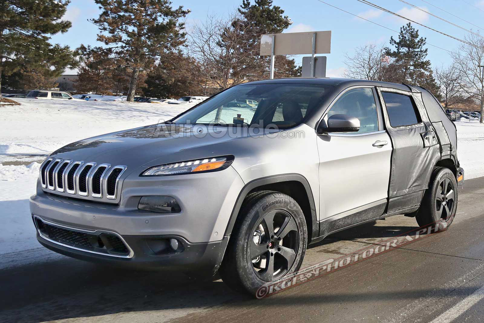 Elongated Jeep Cherokee Spied. What Does it Mean ...