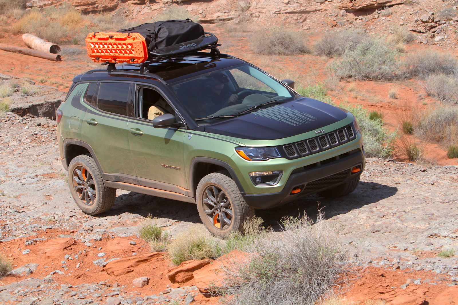 jeep compass trailpass taking a small crossover to new heights news. Black Bedroom Furniture Sets. Home Design Ideas
