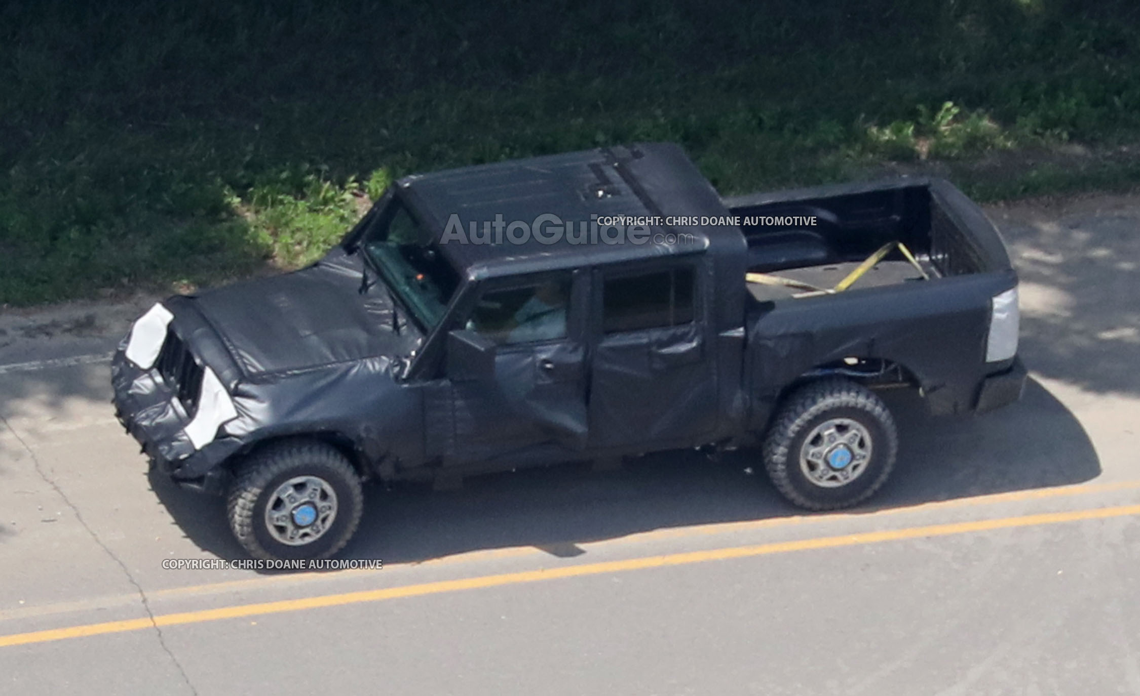 Jeep Wrangler Pickup Spotted Testing for the First Time » AutoGuide ...