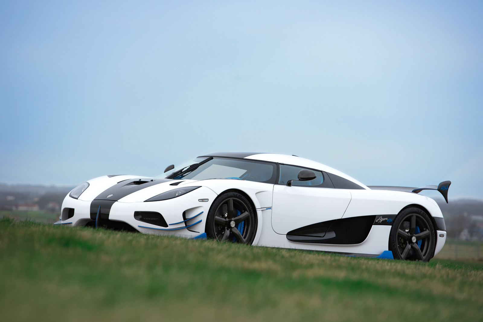 another koenigsegg agera rs is heading to the us news. Black Bedroom Furniture Sets. Home Design Ideas