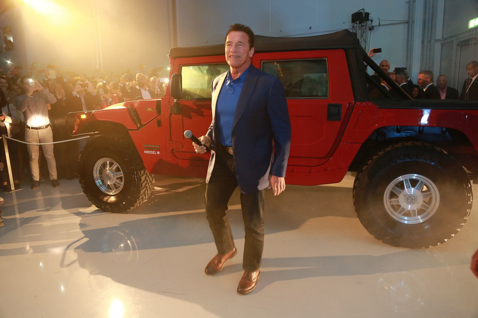 World's First Electric Hummer H1 Unveiled By Kreisel Electric And Arnold Schwarzenegger