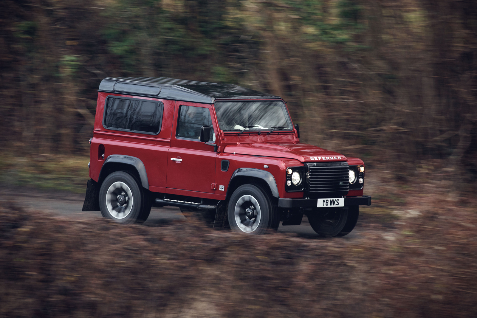 Land Rover Defender Works V8 Is The Most Powerful Defender Ever Built 187 Autoguide Com News