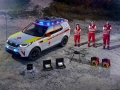 land-rover-discovery-red-cross-09