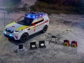 land-rover-discovery-red-cross-10