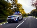 land-rover-discovery-red-cross-17