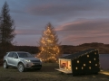 land-rover-discovery-sport-christmas-cabin-03