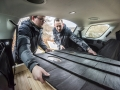 land-rover-discovery-sport-christmas-cabin-19