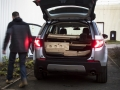 land-rover-discovery-sport-christmas-cabin-20