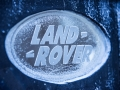 land-rover-discovery-sport-christmas-cabin-43