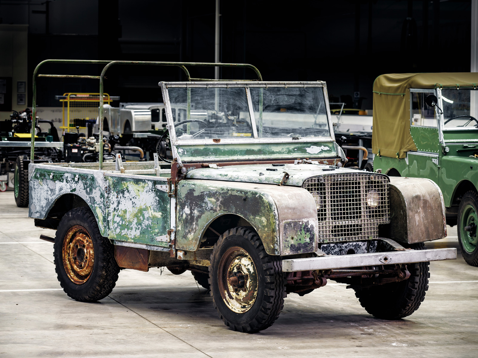 Land Rover Celebrates 70 Years with Cool Restoration Project ...