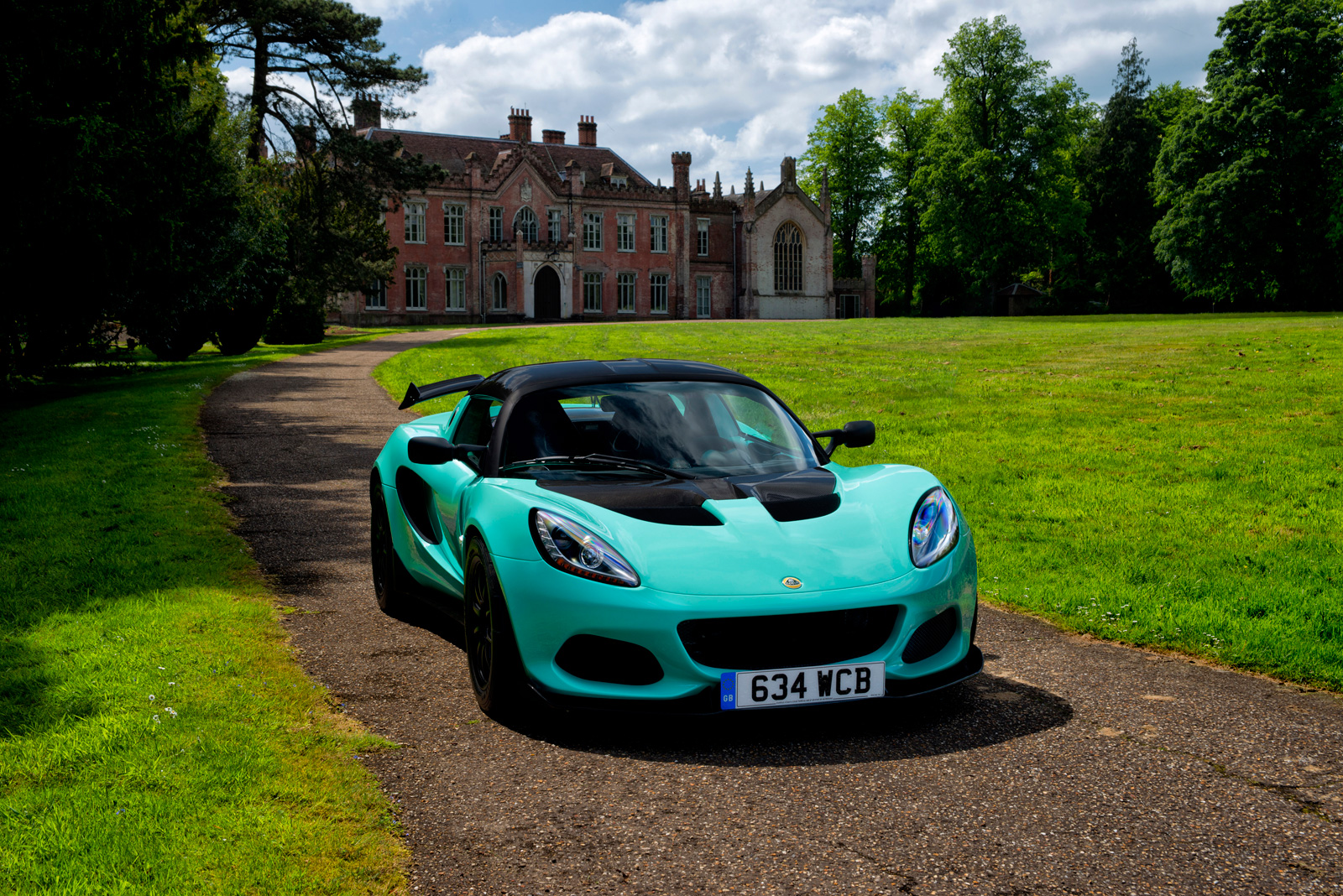Lotus Elise Cup 250 Is Even Lighter