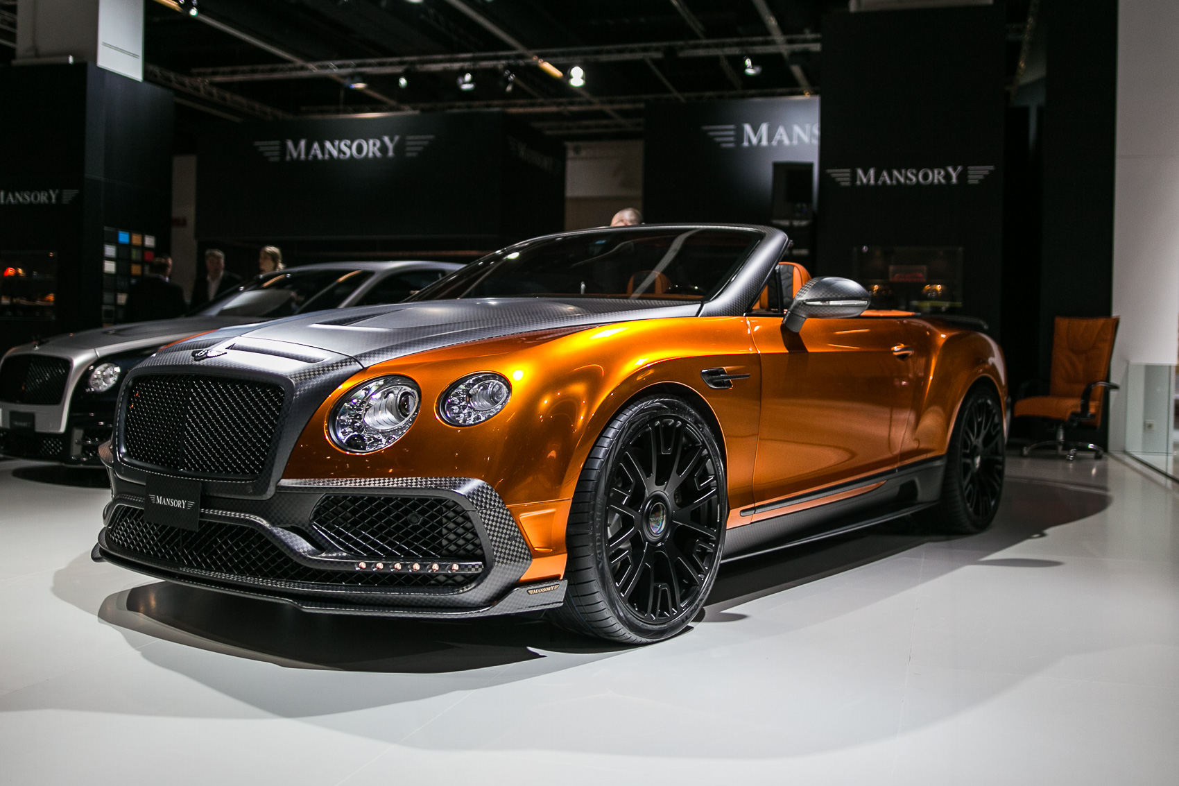 Mansory Bentley GTC Goes Carbon Crazy with 1,001 HP
