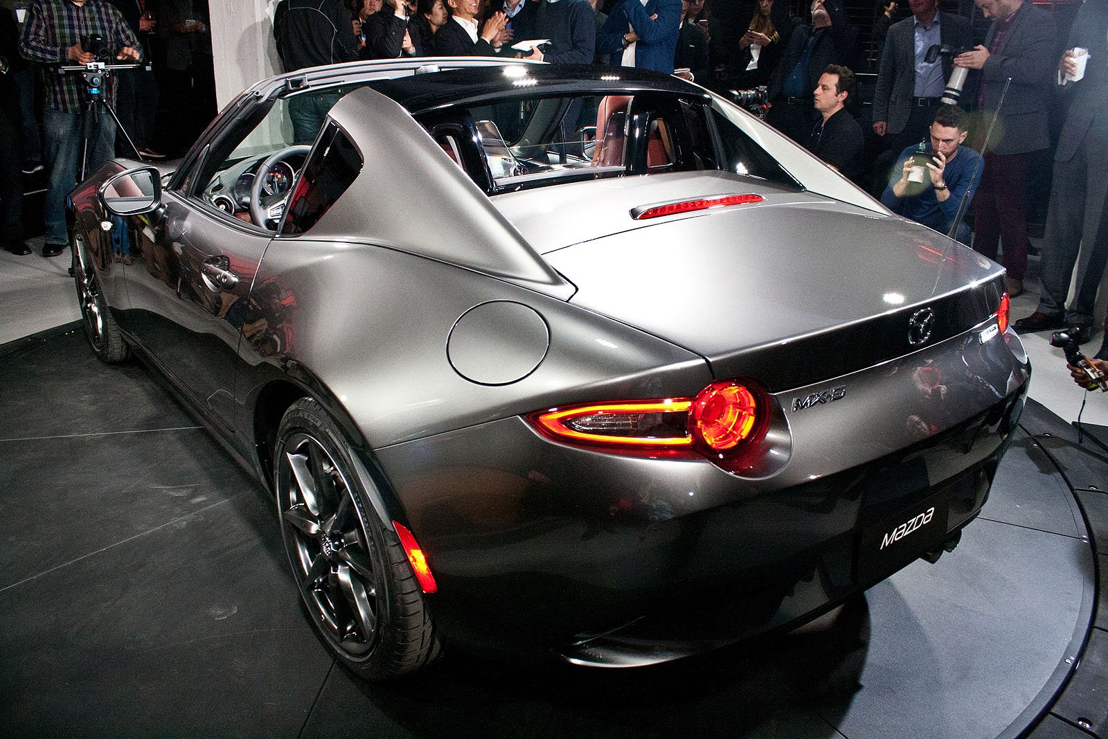 mazda mx-5 miata hardtop convertible revealed