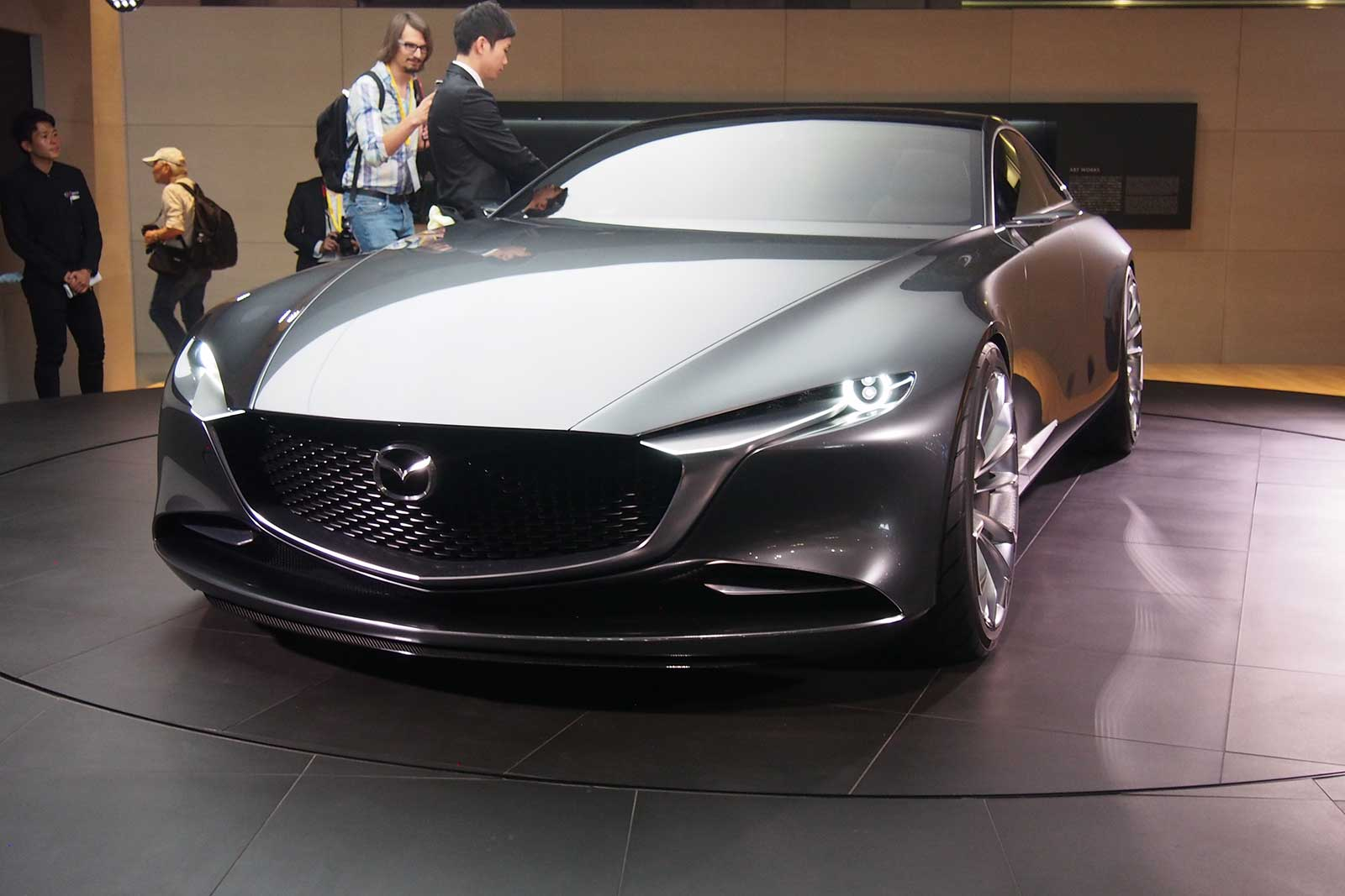mazda vision coupe concept looks like sex on wheels news. Black Bedroom Furniture Sets. Home Design Ideas