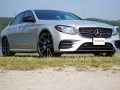 Mercedes-Benz E43 vs BMW M550i-44