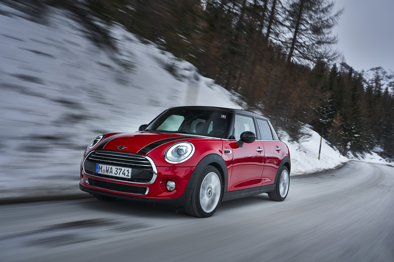 MINI Gets a new 7-Speed Dual Clutch Transmission for 2018