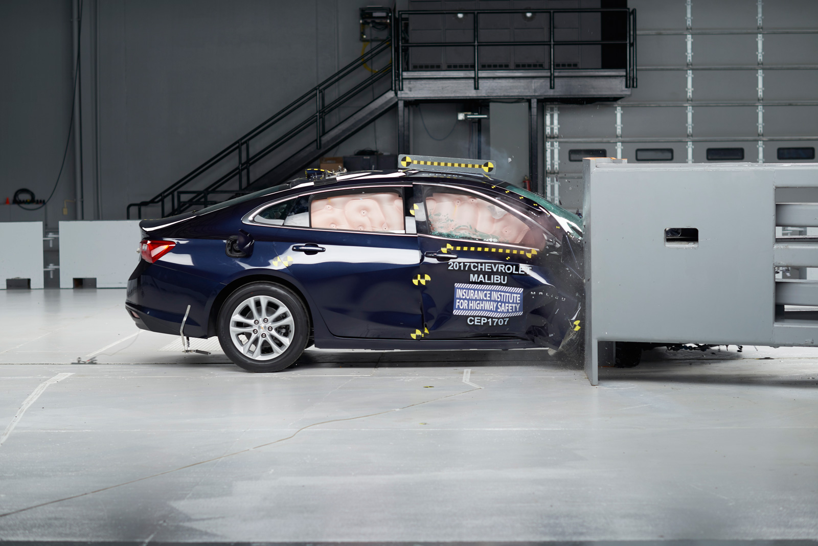 2017 Chevrolet Malibu Iihs Crash Test