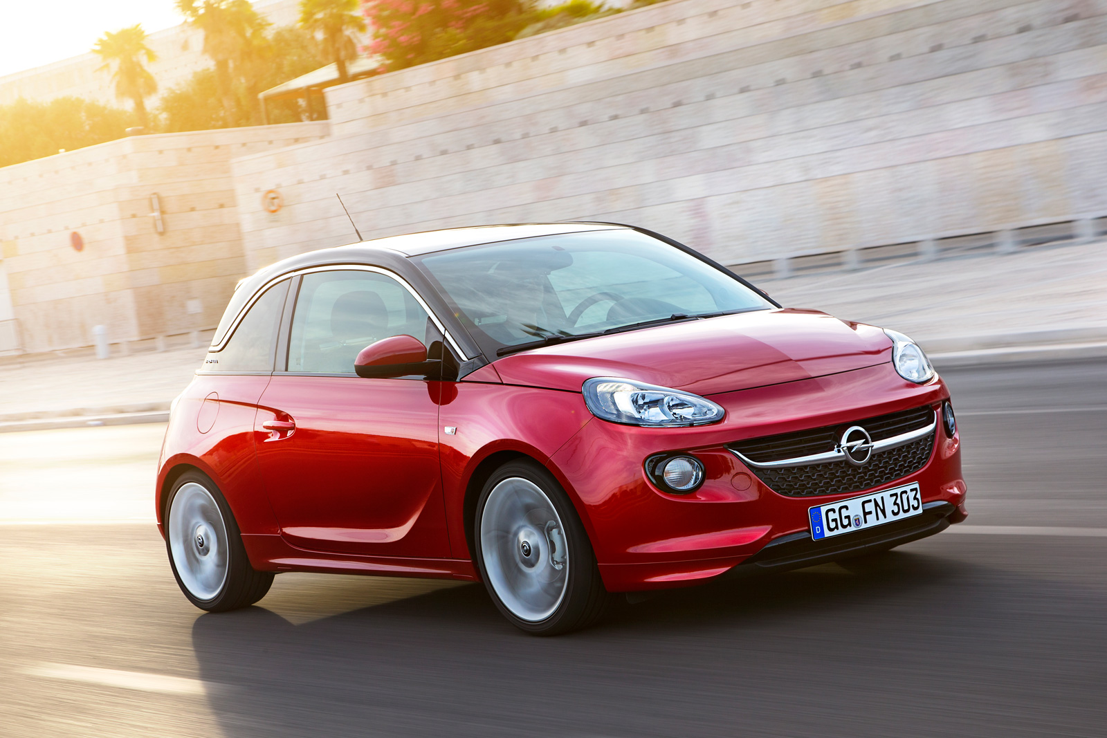 tiny opel adam probably won 39 t arrive in us as a buick model news. Black Bedroom Furniture Sets. Home Design Ideas