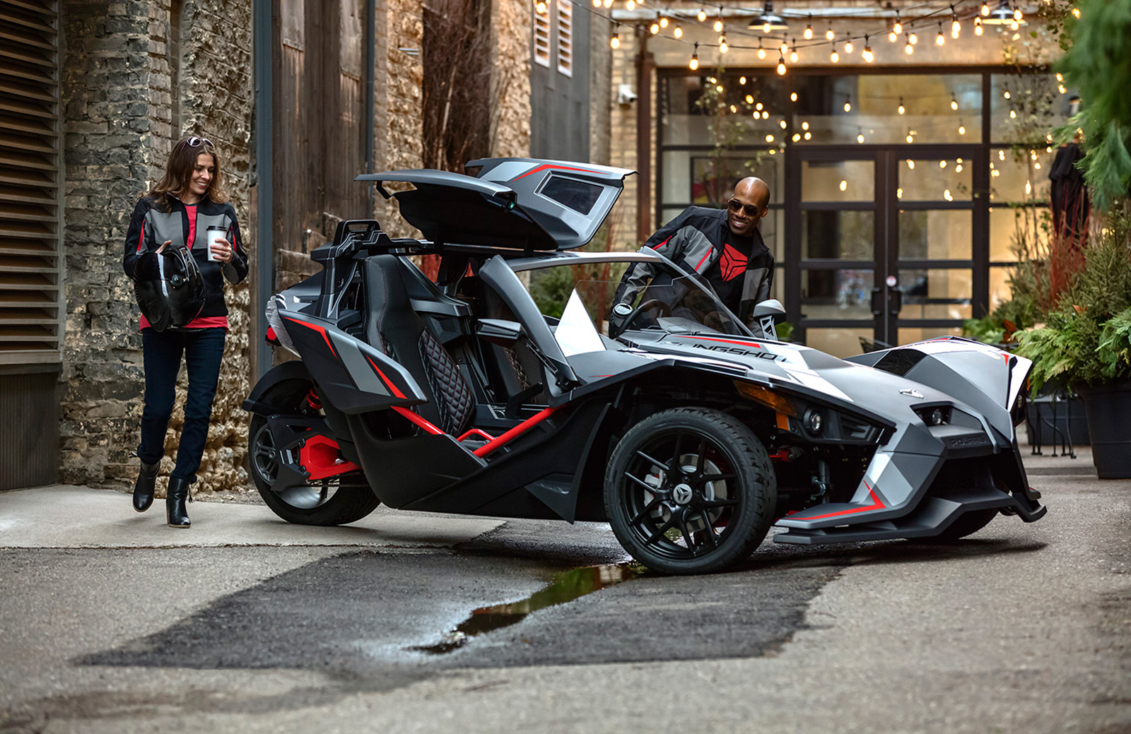 Polaris Announces New Slingshot Grand Touring Le