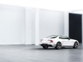 polestar1_light_4qrear_studio_018