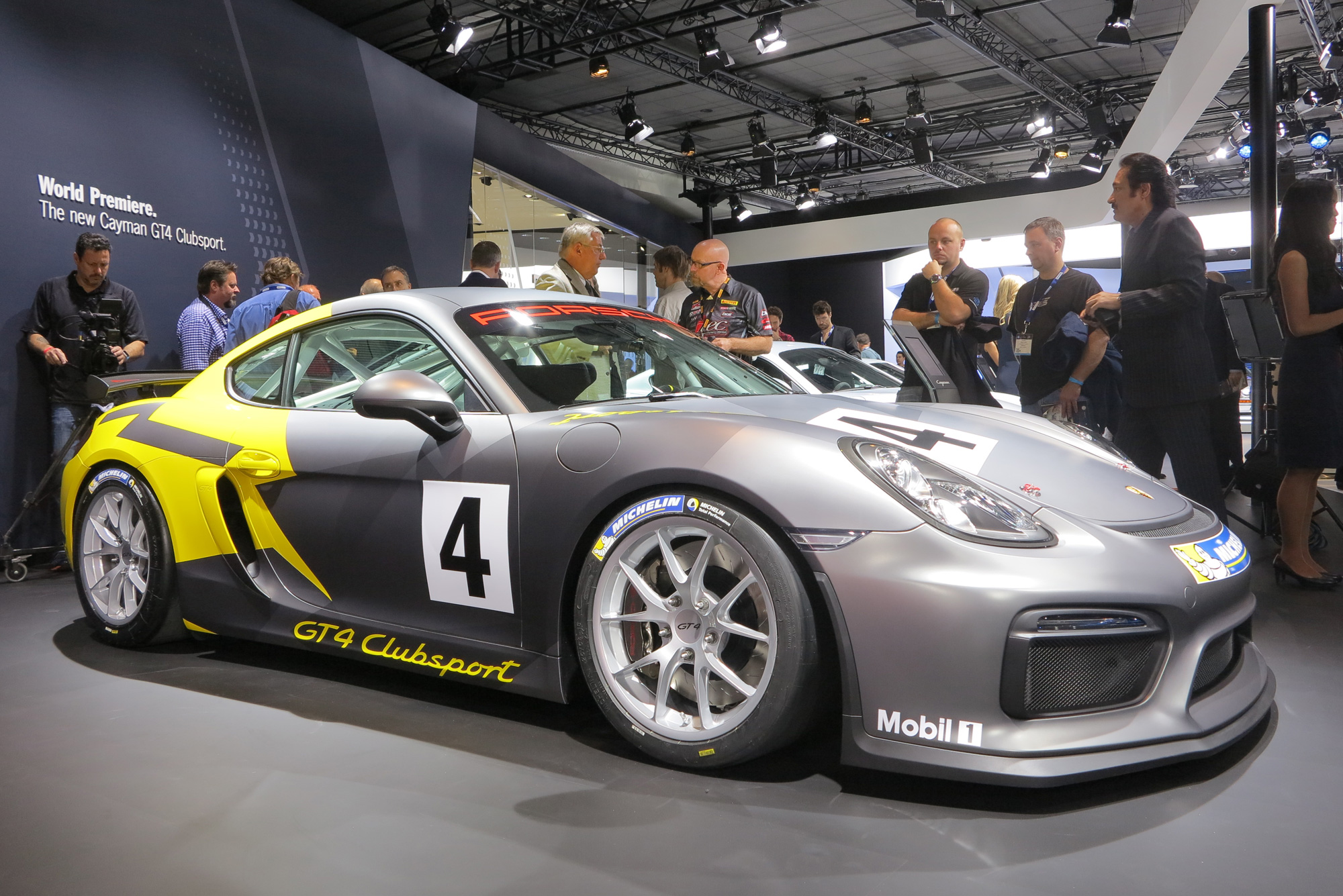 Porsche Cayman Gt4 Clubsport Brings The Heat To La