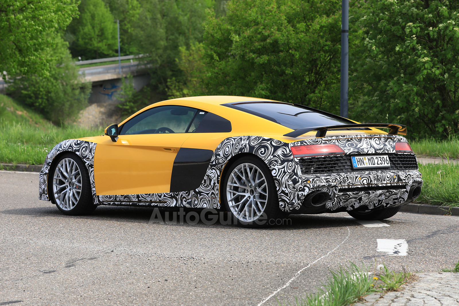 Audi R Spied Looking Yellow And Camouflaged AutoGuidecom News - Audi r8 pictures