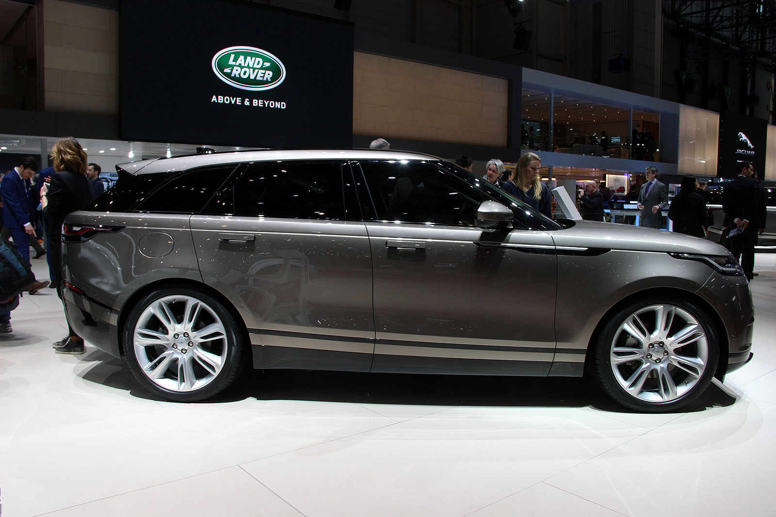 Range Rover Velar Heads to the US Later This Year With $50,895 Price