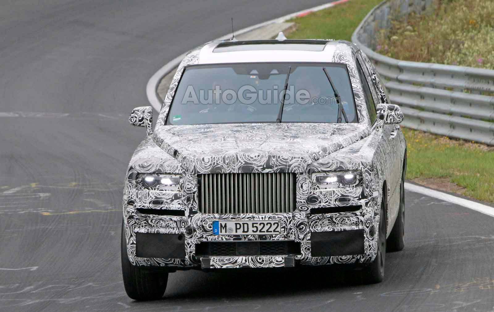 New 2018 Rolls-Royce Phantom wafts in