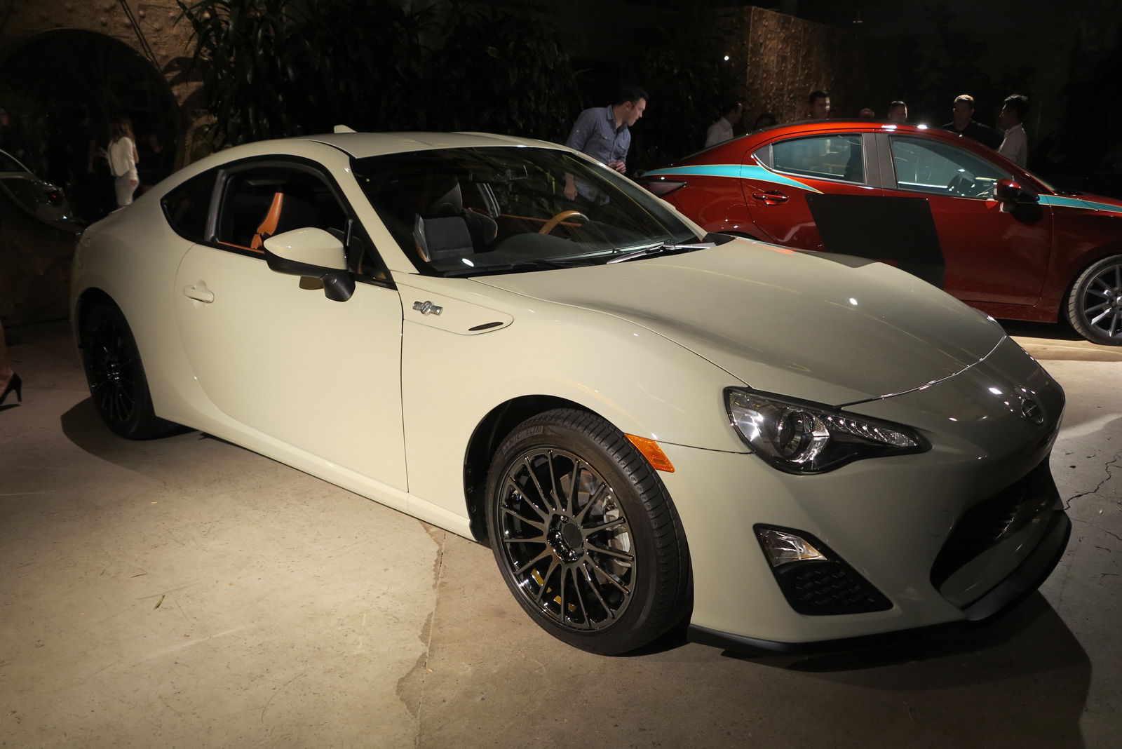 2016 scion fr s release series 2 0 priced from 30 005. Black Bedroom Furniture Sets. Home Design Ideas
