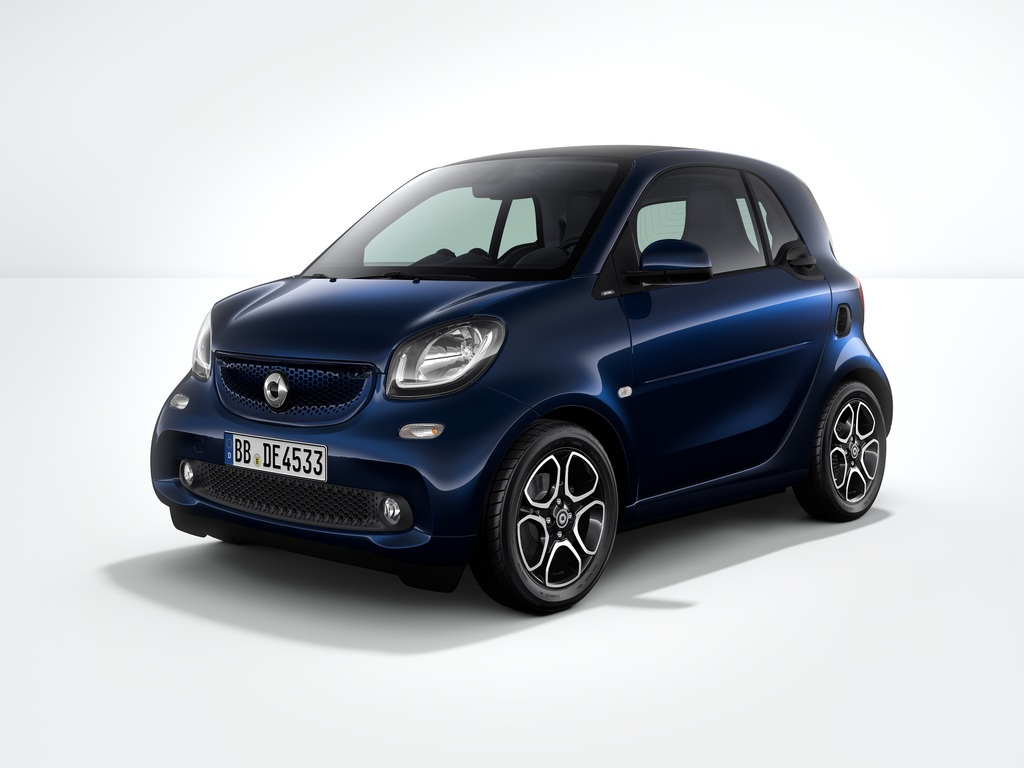 special edition smart fortwo celebrates brand 39 s 10th anniversary news. Black Bedroom Furniture Sets. Home Design Ideas