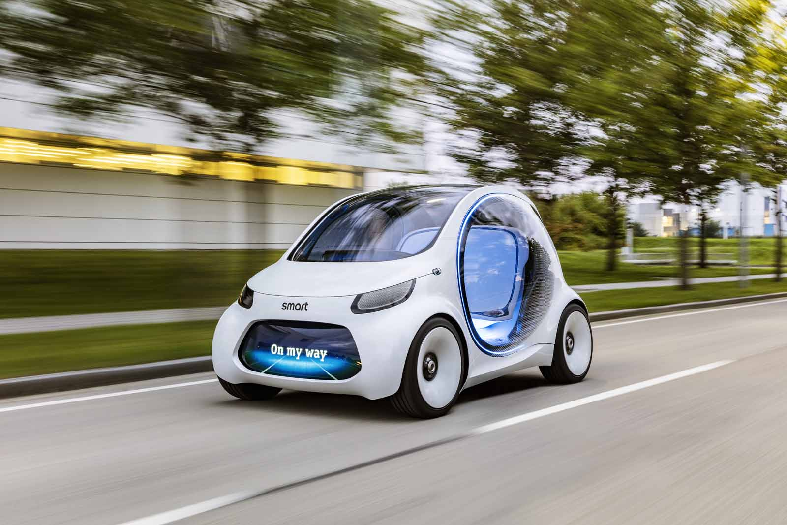 Smart Vision EQ ForTwo previews autonomous electric future