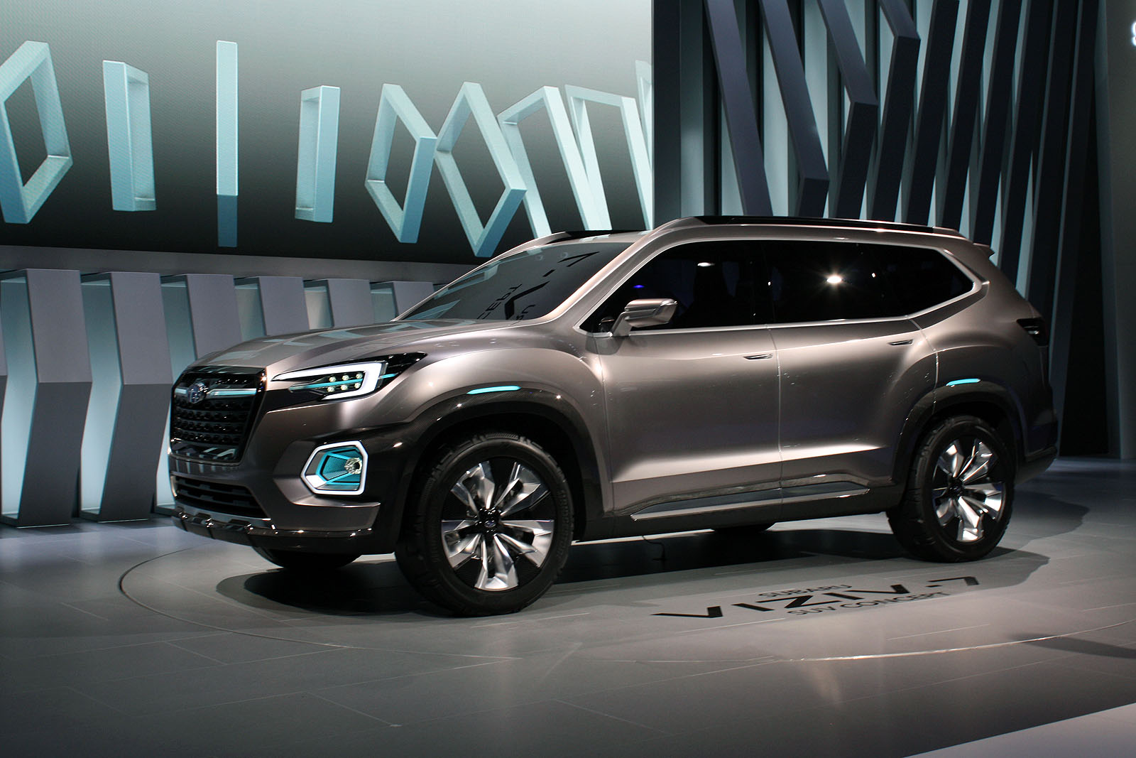 Viziv-7 Concept Previews Upcoming Subaru SUV With 7 Seats