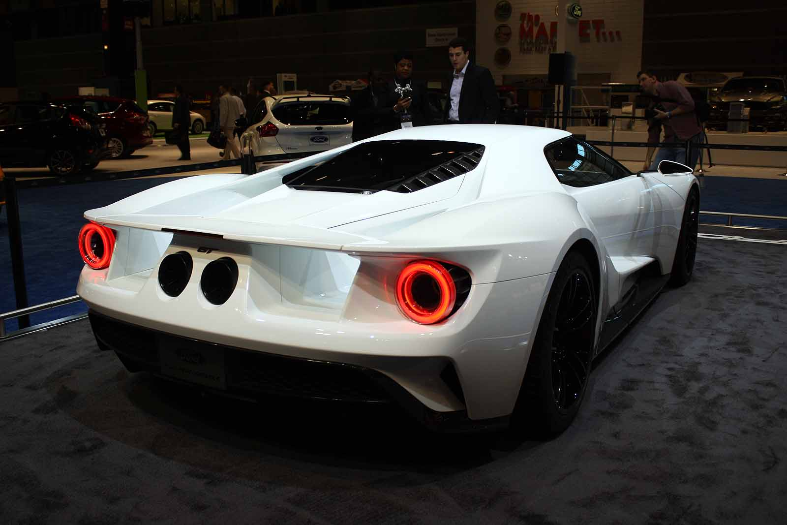 Mega Gallery Best Supercars Of The Chicago Auto Show Autoguide