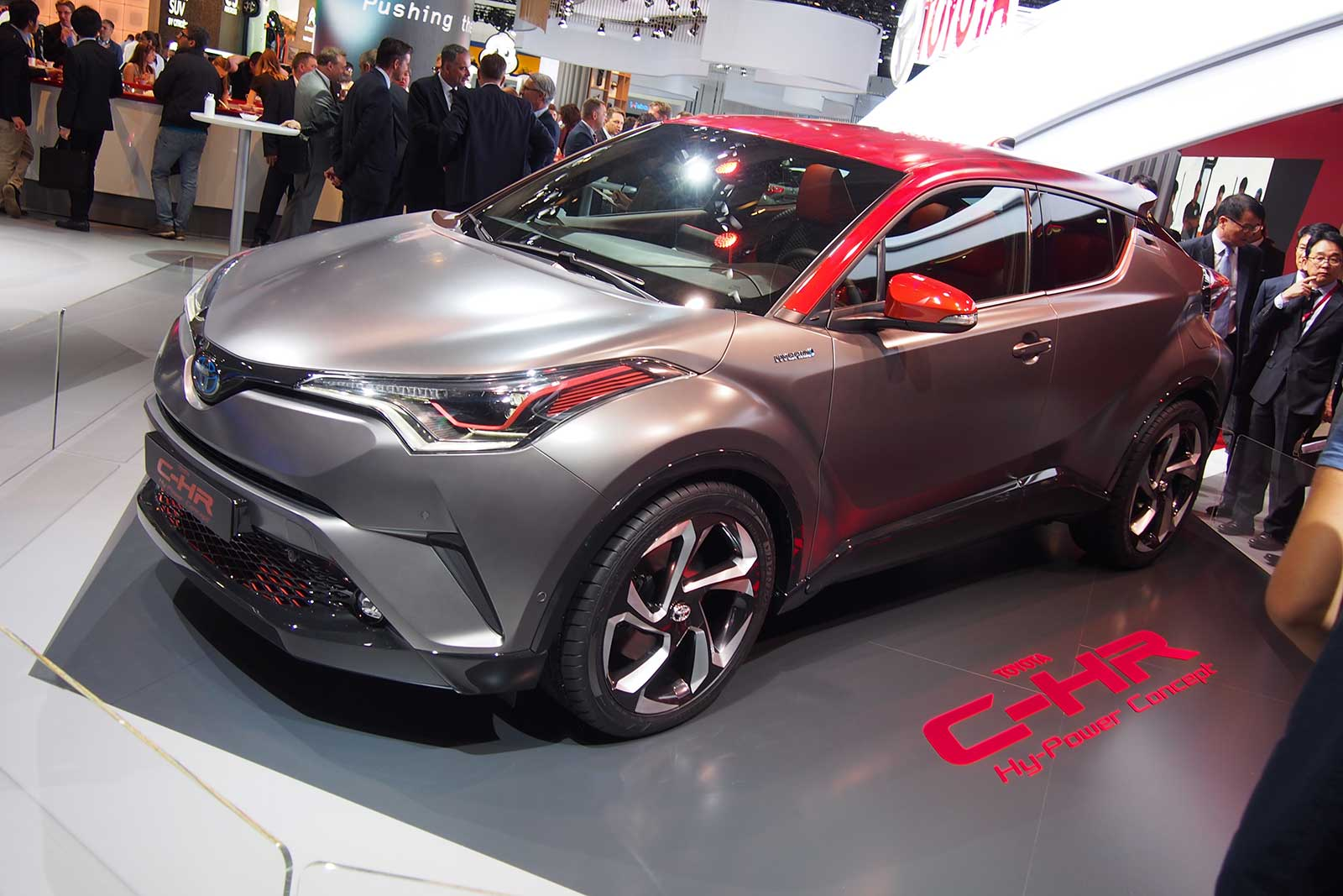 Toyota C-HR Hy-Power Concept unveiled
