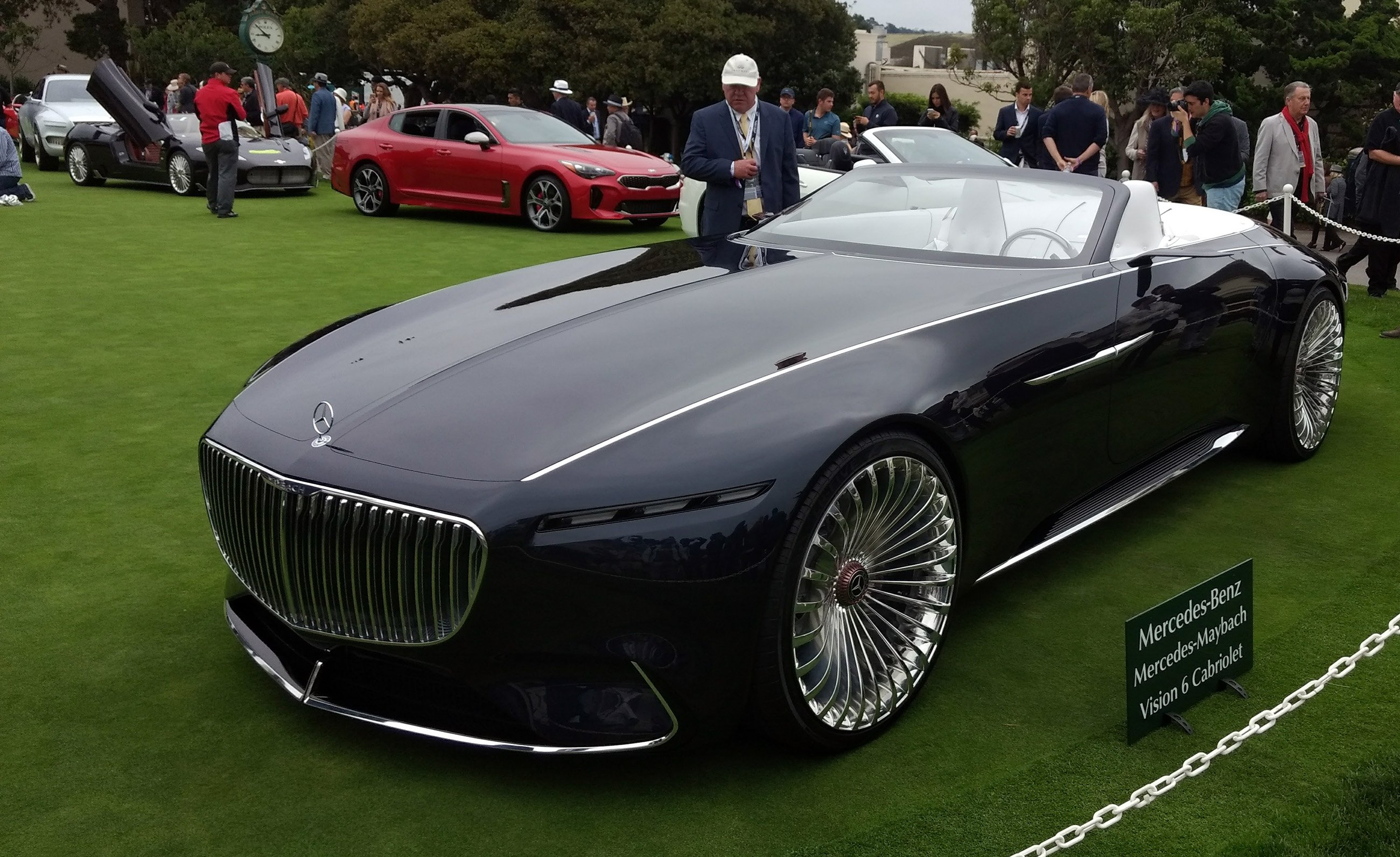 mercedes maybach unveils super swanky 750 hp electric convertible news. Black Bedroom Furniture Sets. Home Design Ideas