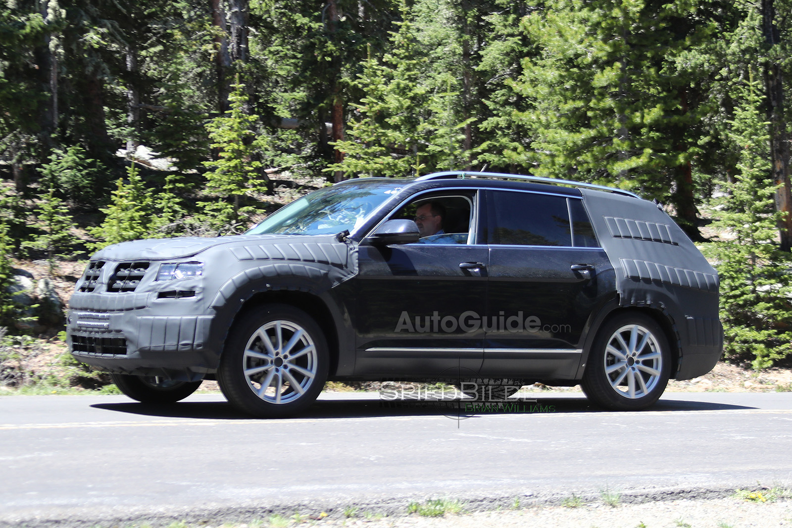 Vw S Seven Seat Suv Caught Testing In The Rockies Autoguide Com News