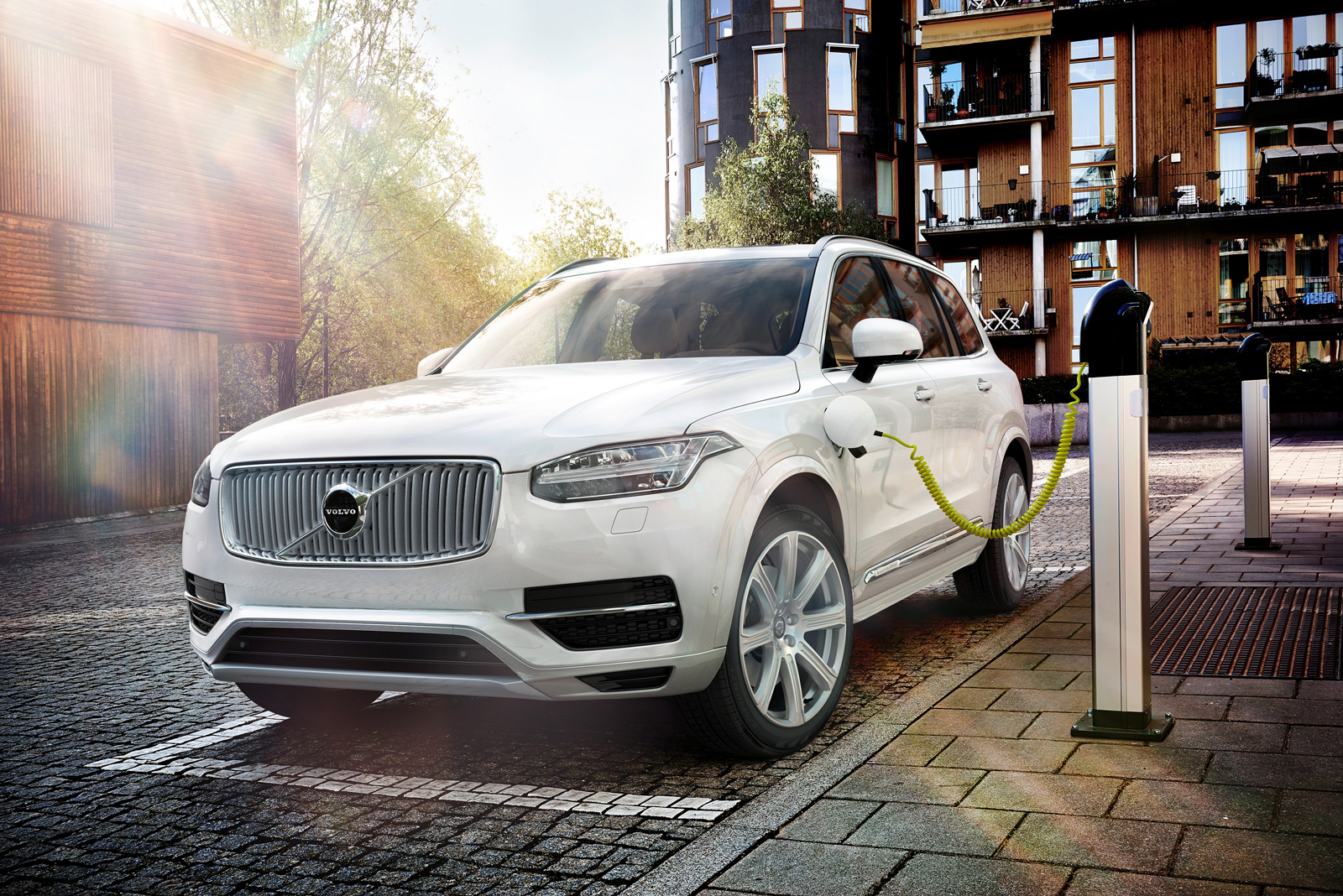 volvo's first electric vehicle will be built in china » autoguide