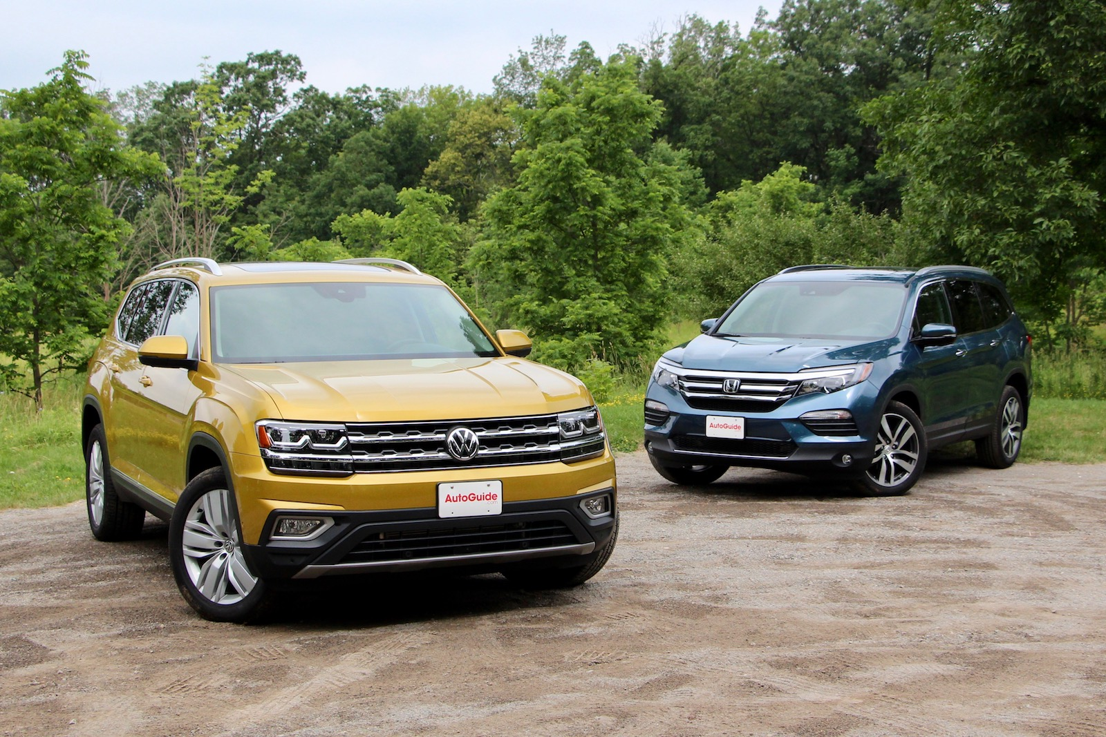 2018 volkswagen atlas vs 2017 honda pilot comparison test for Honda odyssey pilot