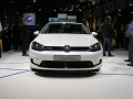 VW-e-Golf-touch-live-3
