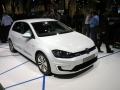 VW-e-Golf-touch-live-4
