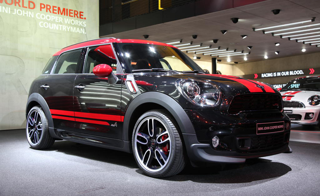 The John Cooper Works Jcw Mini Lineup Will All Get A Revised 1 6 Liter Engine Based On Its Predecessor With Performance Numbers Being Same At 208 Hp