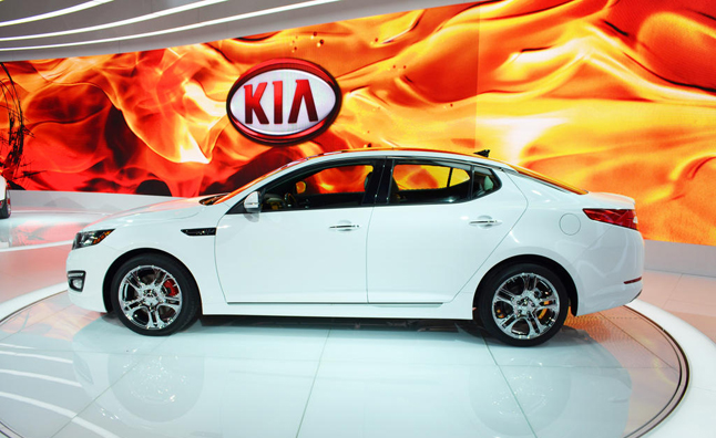 Marvelous Blowing Well Past The Entry Level Luxury Sedan Market In Terms Of Price, Kia  Just Announced The Sticker For Its 2013 Optima SX Limited Sedan.