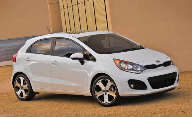 2013 kia rio sx hatchback gets limited run stick shift autoguide rh autoguide com Kia Rio Owner's Manual Kia Rio Car Manual